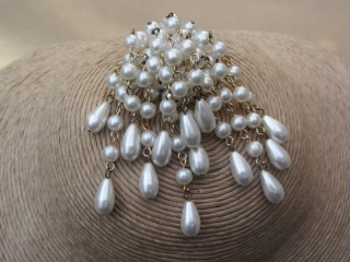 Vintage 1960s White Faux Pearl Cascade Style Brooch