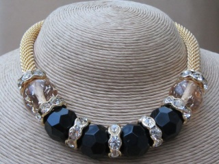 Gold Tone Mesh Collar with Large Rhinestone Speckled Baubles and Matching Bracelet